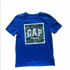 Boys GAP T-shirt sz Medium